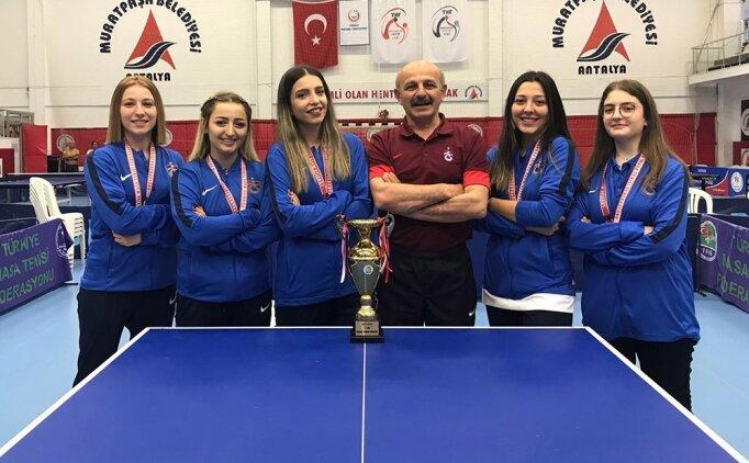 Trabzonspor masa tenisi takımı Süper Lig'e yükseldi