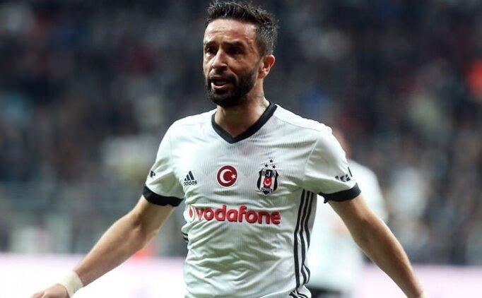 Beşiktaş'ta ilk hedef; Gökhan'a alternatif