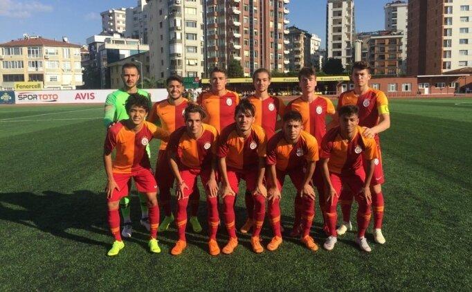 Galatasaray, ikinci derbiyi de kazandı!