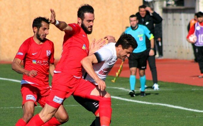 İbrahim Akdağ, Ümraniyespor'u zirveye taşıyor