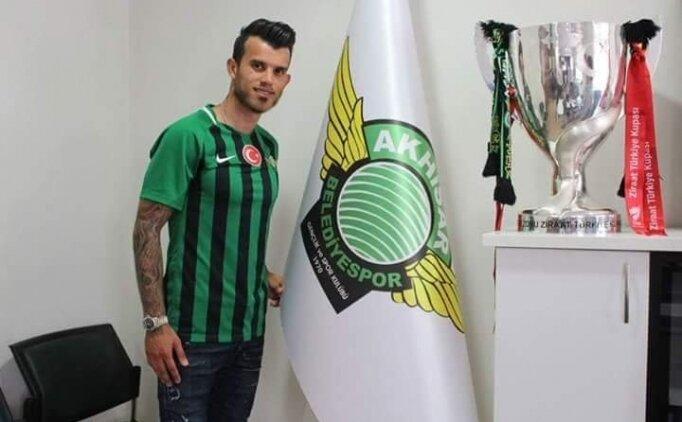 'Akhisarspor'a döndüğüm için mutluyum'