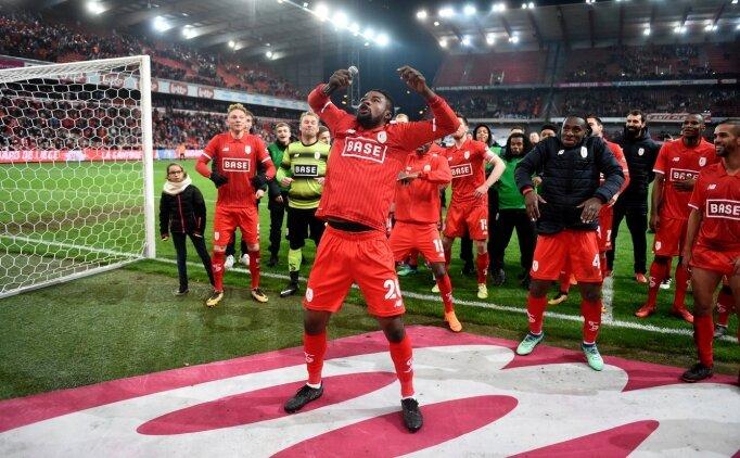 Galatasaray bir maçta iki ismi izledi; Christian Luyindama