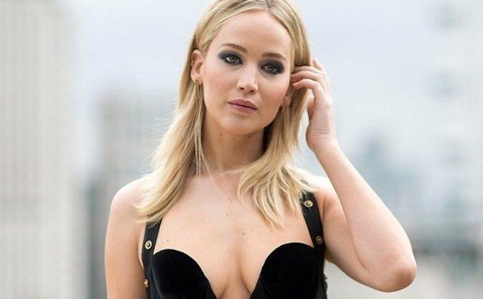 Jennifer Lawrence'den cinsel ilişki (seks) öncesi sağlı testi itirafı, Jennifer Lawrence kimdir?