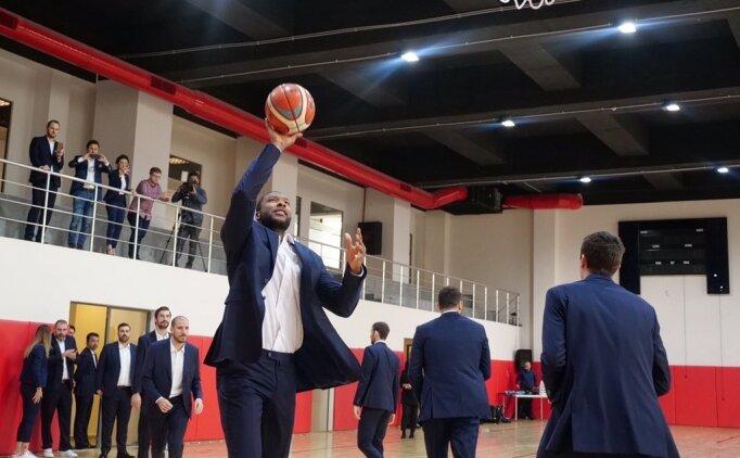 Bahçeşehir Basketbol'a sponsor desteği