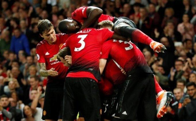 Manchester United açılışı Pogba ve Shaw ile yaptı