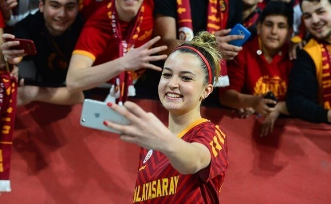 Galatasaraylı basketbolcu Naz: ''Oraya gidip kupayı alacağız''