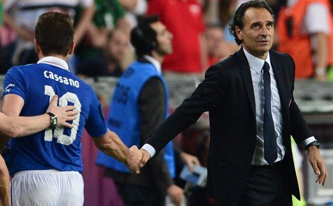 Cassano: 'En iyi teknik direktör Prandelli'
