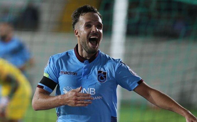 Trabzonspor'un bekleri gizli forvet oldu