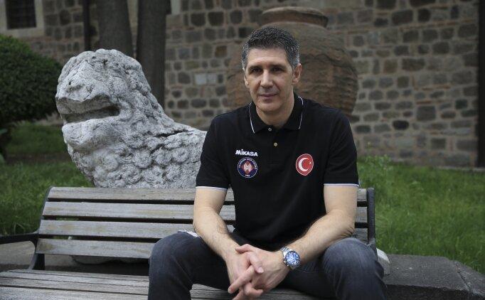 'Türkiye'de erkek voleybolunun öncüsü Ankara ve Halkbank'tır