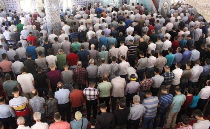 İstanbul'da cuma namazı saat kaçta? 10 Ağustos Cuma namazı saati
