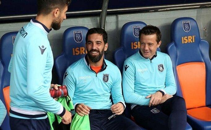 Galatasaray taraftarlarından Arda Turan tepkisi!