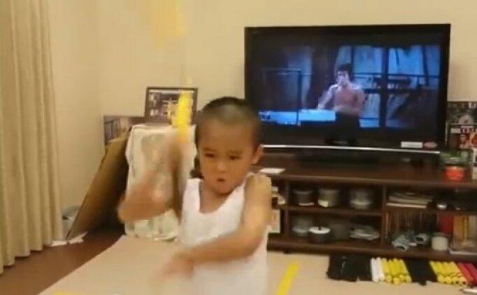 6 yaşındaki Bruce Lee'yi gururla sunarız