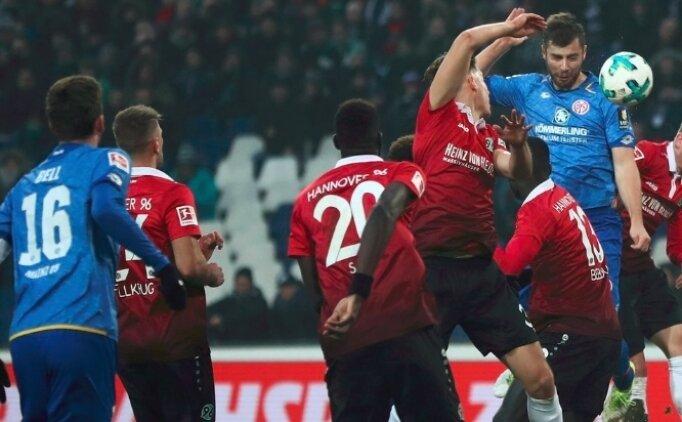 De Jong penaltı yaptırdı, Mainz kaybetti