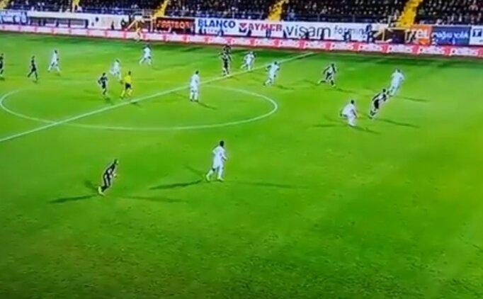 Güven Yalçın'ın güzel golü, ofsayta takıldı!