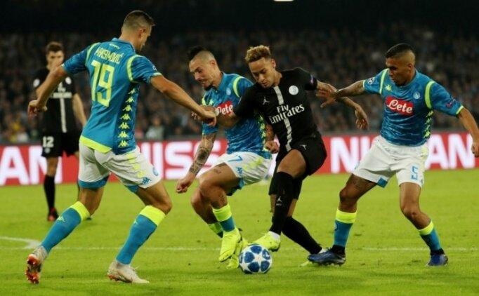 Napoli'de 2 gol, kazanan yok! Lider değişmedi