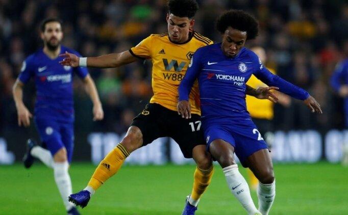 Chelsea deplasmanda yara aldı! Fark 10 puan...