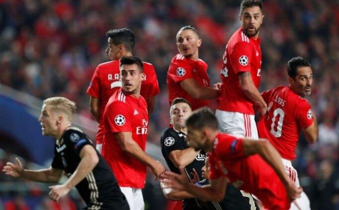 Portekiz'de Benfica kaçtı, Ajax  yakaladı!