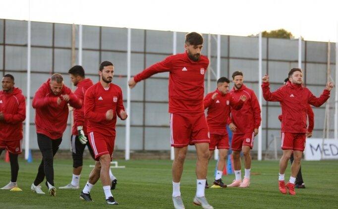 Sivasspor'da 5 isim takımdan ayrı çalıştı