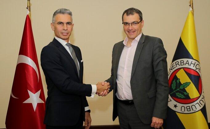 Fenerbahçe, Alper Boğuşlu'yu resmen açıkladı