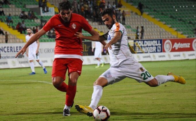 Alanyaspor ve Antalyaspor birbirlerine diş geçiremedi