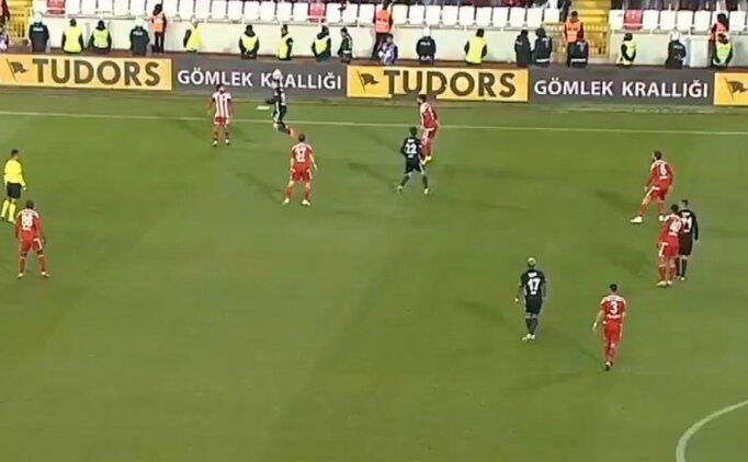 Beşiktaş'ın golünde ofsayt tartışması!