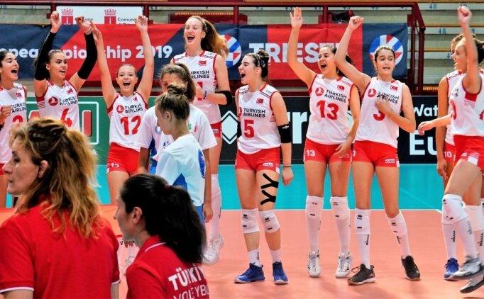 Harikasınız kızlar: Avrupa şampiyonuyuz!