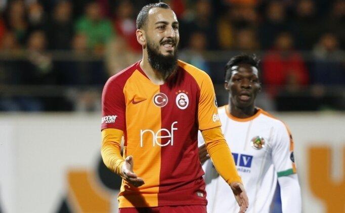 Galatasaray'da iki ayrılık açıklandı!