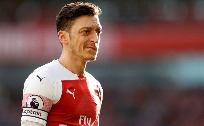 Mesut Özil'in devre arası kararı: 'Bir yere gitmiyorum'