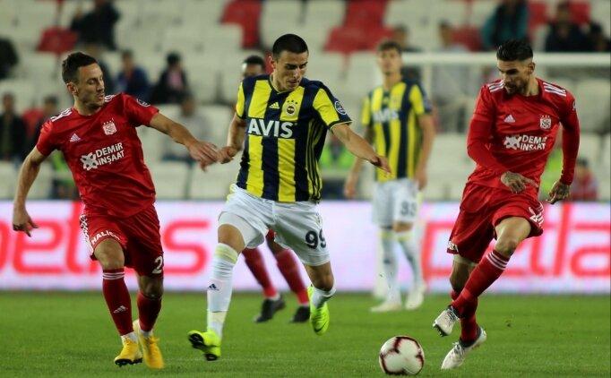Sivasspor'un evinde sırtı yere gelmiyor