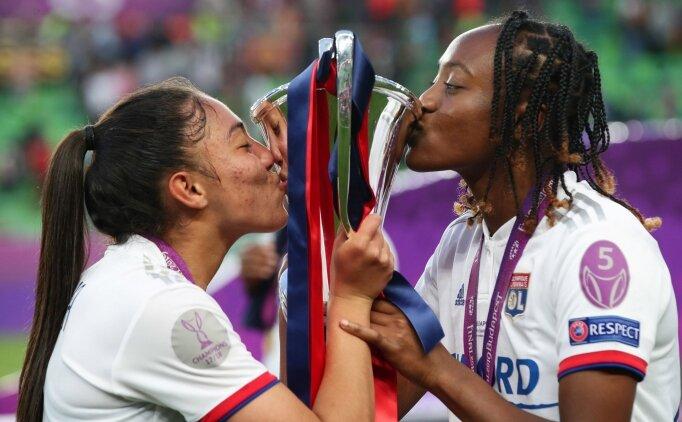 Şampiyonlar Ligi kupası Olympique Lyon'un!