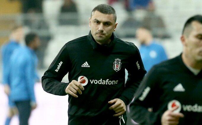 Beşiktaş taraftarlarından Burak Yılmaz'a destek!