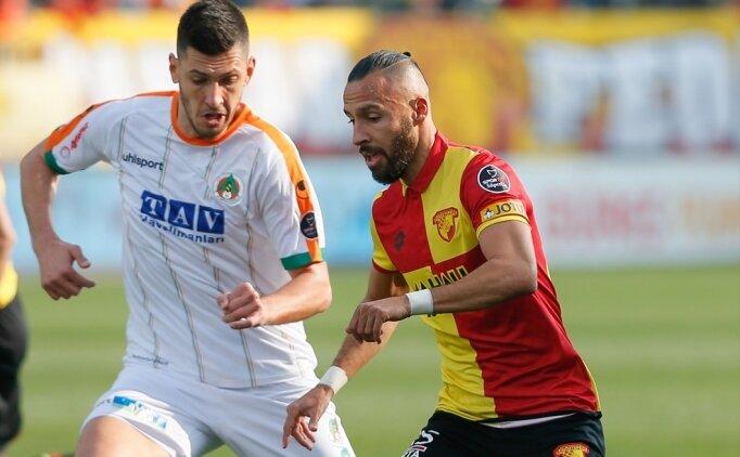 İzmir'de 5 gollü maçta kazanan Göztepe
