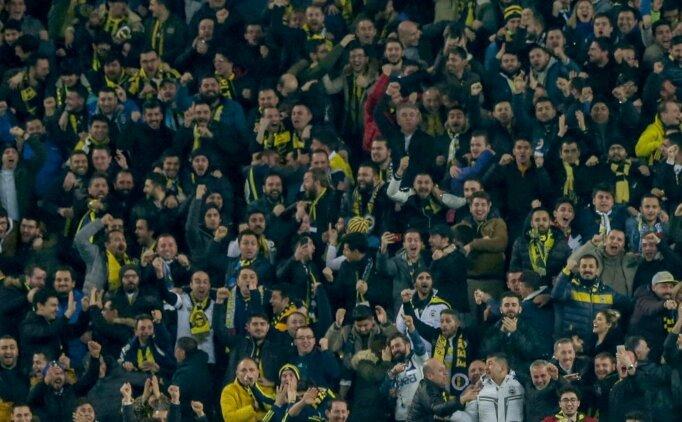 Fenerbahçe tribünlerinde Demirören ve Namoğlu'na tepki