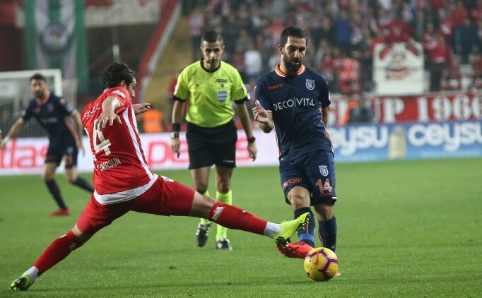Başakşehir, Antalya'da hata yapmadı!