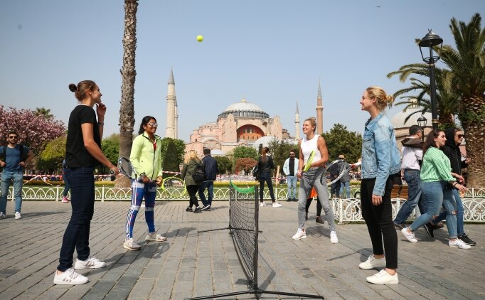 Tenisçilerin İstanbul keyfi