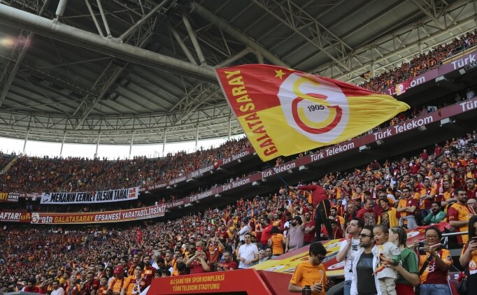 Kılıçdaroğlu'ndan, Galatasaray'a kutlama