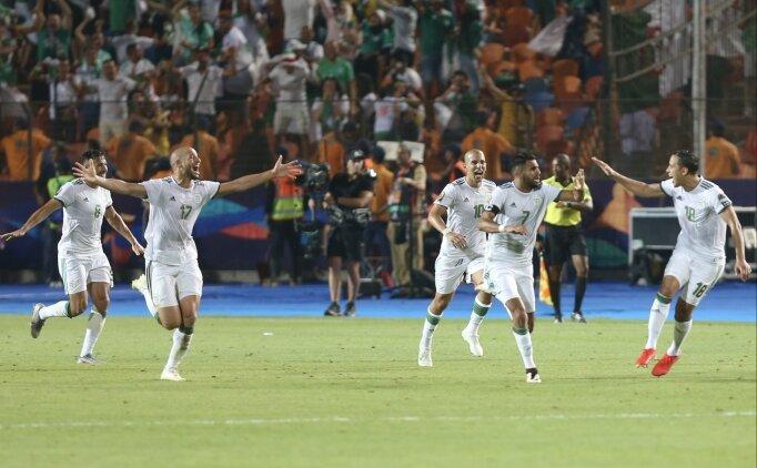 Cezayir'de final sevinci!