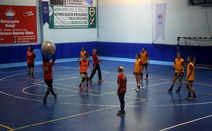 Kastamonu Belediyespor'da hedef Şampiyonlar Ligi