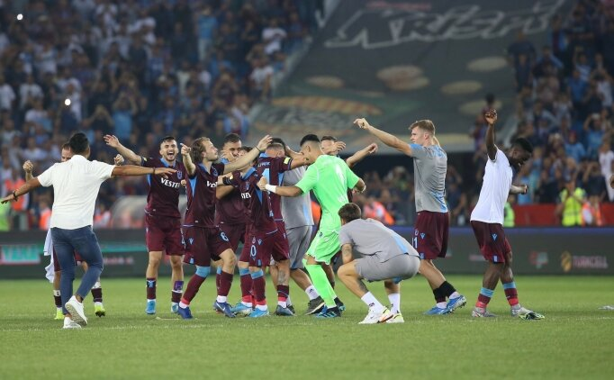 Trabzonspor'un AEK maçı kadrosu belli oldu!