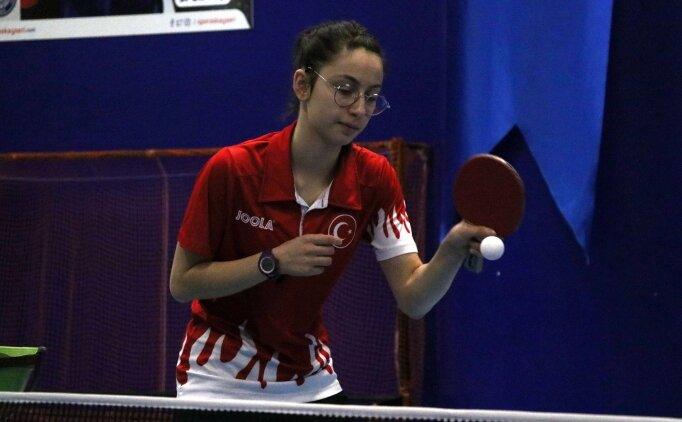 Başarılı masa tenisçisi Özge Yılmaz, gözünü olimpiyata dikti