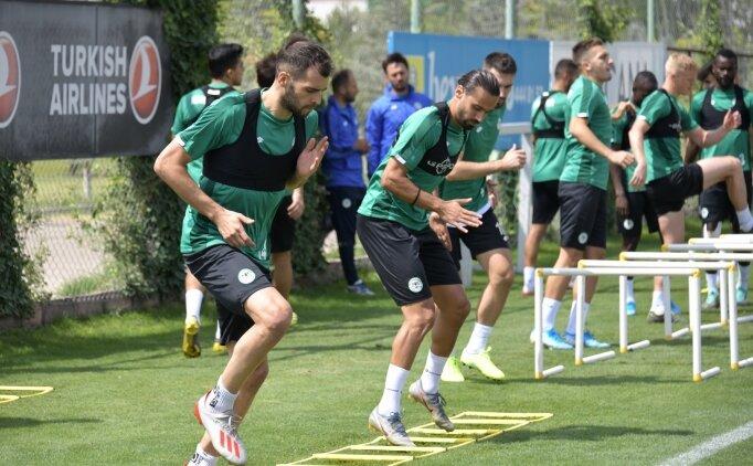 Konyaspor, G.Saray maçı öncesi taktik çalıştı!