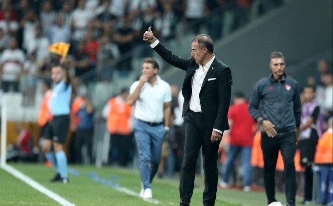 Beşiktaş'ta üç değişiklik! Karius kaleyi aldı...