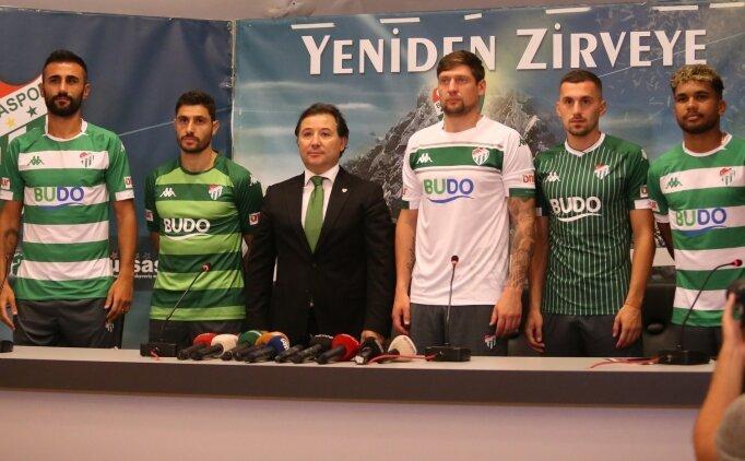 Bursaspor'da yeni transferler için imza töreni