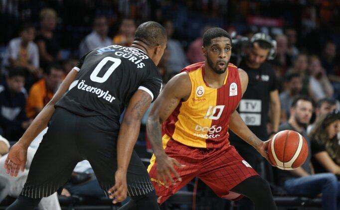 Galatasaray derbide Beşiktaş'ı devirdi!