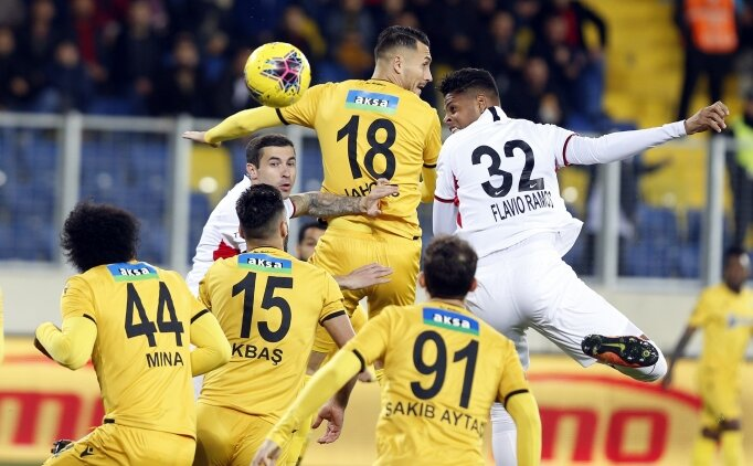 Süper Lig'de 13. hafta müthiş bir maçla başladı: 3-3!