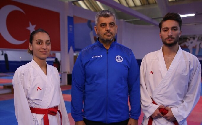 Babalarının yönlendirmesiyle başladıkları karatede madalyaları topladılar