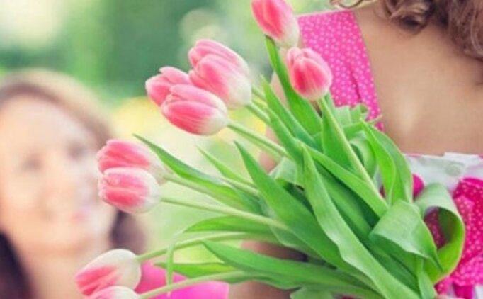 Anneler Günü mesajları 12 Mayıs Pazar, Anneler Günü için şarkıları şiirler, resimli paylaşımlar
