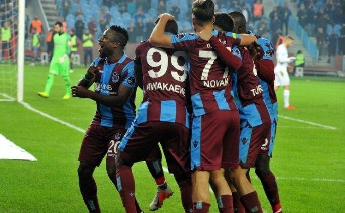 Konyaspor - Trabzonspor maçında 11'ler