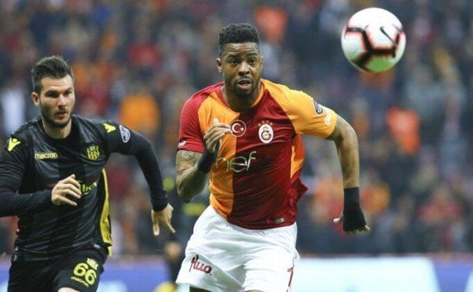 Kayseri'de maçında Galatasaray'ın savunma hattı; Marcao - Donk