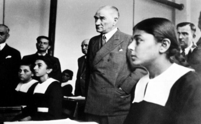 Mustafa Kemal Atatürk & 23 Nisan Çocuk Bayramı